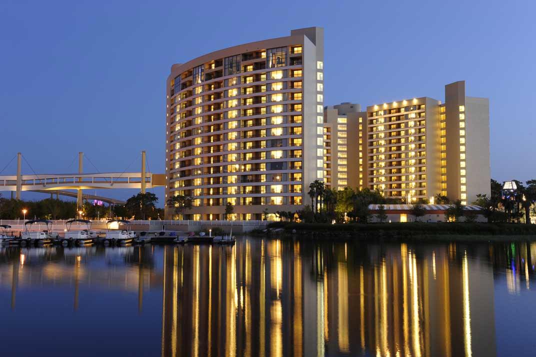 Bay lake tower at disney 39 s contemporary resort orlando for Contemporary hotel
