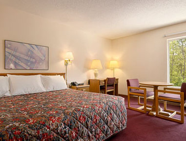 days inn cadillac cadillac mi united states overview. Cars Review. Best American Auto & Cars Review
